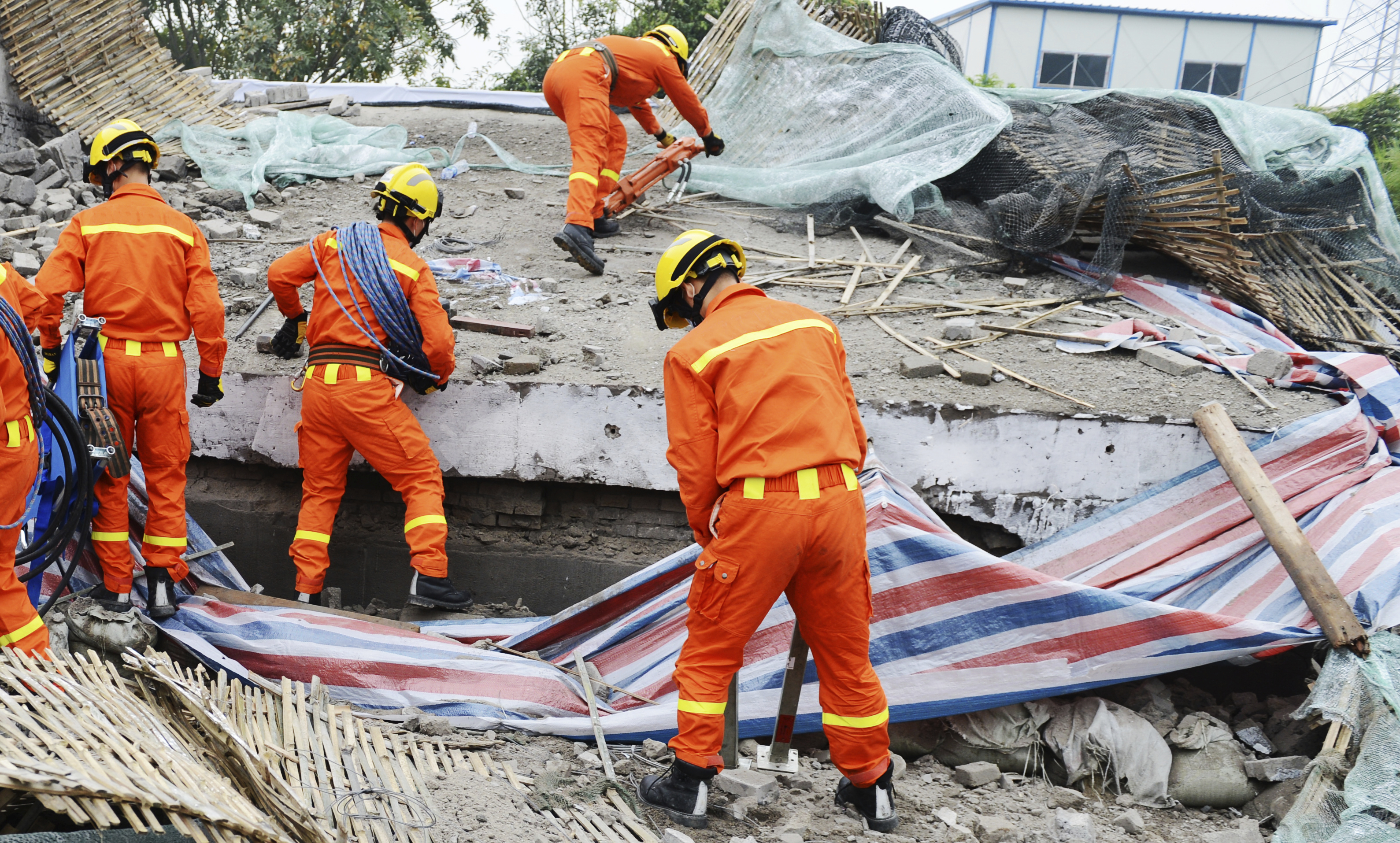 Response worker volunteers working